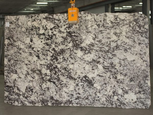 delicatus supreme granite slab